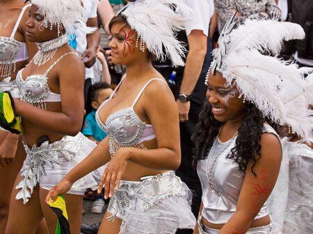 attended: Bristol, Inglaterra - el 2 de julio de 2011 - los participantes en el carnaval anual de St Pauls Afrikaners-Caribe. Una multitud r�cord de 80.000 asistieron al evento de calle Editorial