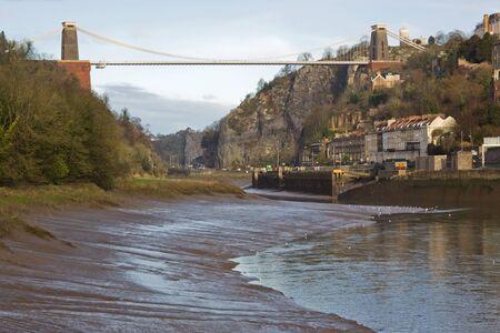 superstructure: Brunels landmark bridge over the Avon at Clifton, Bristol UK at low tide Stock Photo