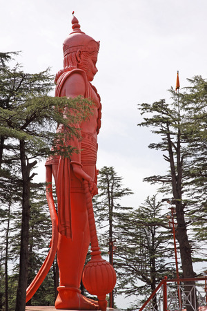 indian god: Sculpture of the Hindu Monkey God, Hanuman, on top of a hillside in Shimla