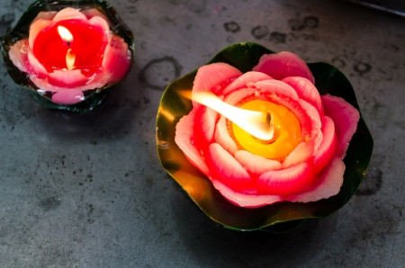 Red oblation lotus shaped candles in the Chinese Buddhist temple Stock Photo - 19124588