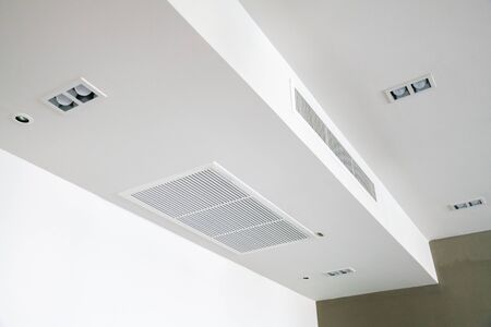 Ceiling mounted cassette type air conditioner 스톡 콘텐츠
