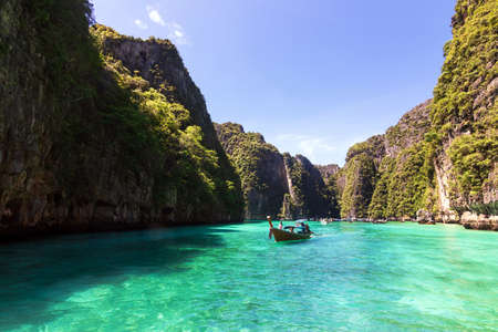 Beautiful turquoise ocean of Pileh Lagoon is a very beautiful place and one of the popular tourist attractions in Phi Phi Le island in Krabi, Thailand. Stock fotó