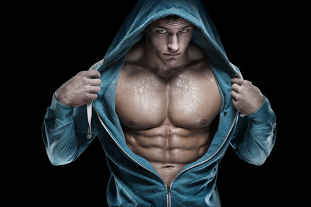 hombre desnudo: Fuerte Hombre Atlético Modelo Fitness Torso mostrando paquete de seis abs. Foto de archivo