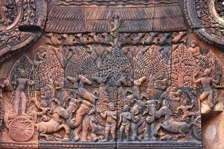 lintel: Banteay Srei temple lintel
