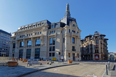 DIJON, FRANCE, May 20, 2018 : Architecture of the main post office and typical houses in city center. Stock Photo - 102292285