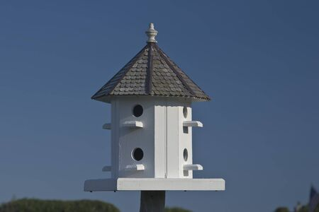 Birdhouse photographed in Maine. Stock fotó - 1543381