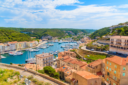 A view of Bonifacio port and old town, Corsica island, France 免版税图像
