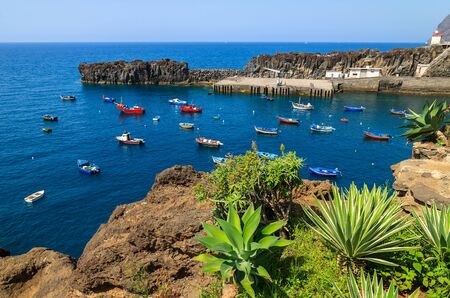 View of Camara de Lobos fishing village and port, Madeira island Archivio Fotografico