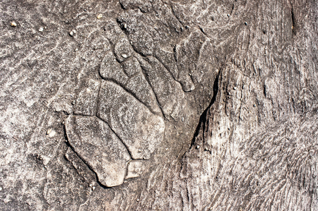 pitting: Patterns on the stone