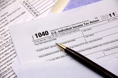 Filing federal income tax return photo