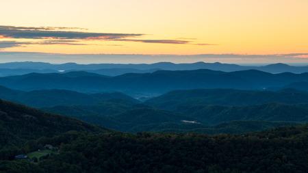north ridge: Sunrise on the Blue Ridge Parkway, Thunder Hill Overlook, Blue Ridge Parkway, North Carolina Stock Photo