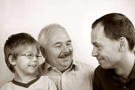 3 世代家族