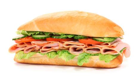 白い背景で隔離の長いサンドイッチ