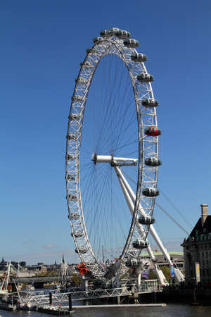 eye traveller: The London Eye, erected in 1999, is a giant (135mt.) Editorial