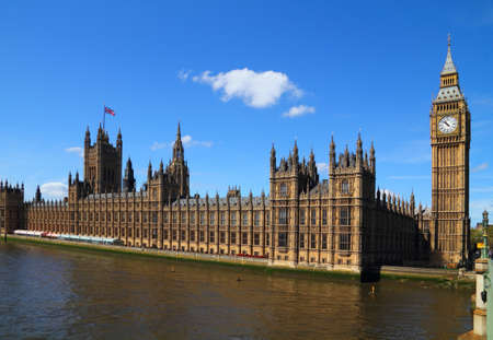 London, United Kingdom - Palace of Westminster (Houses of Parliament) with Big Ben clock tower  Standard-Bild
