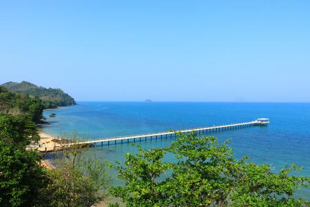 kojen: Liegeplatz Ansicht A lange Strecke bis zu 300 Meter zum Meer Lage Siray Island, Phuket, Thailand ist eine sch�ne Aussicht