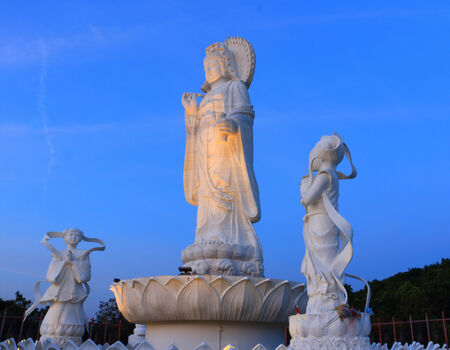 Guan Yin A Bodhisattva Mahayana Buddhism is the same as the State of Loki Ice Princess Bodhisattva in Sanskrit  The origins of the Mahayana sutras in India  And combined with traditional Chinese beliefs vernacular Stock Photo - 26487222