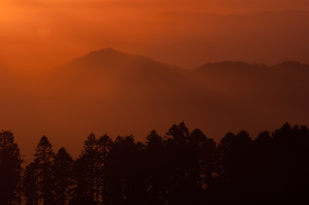 willamette: Sunset over the Oregon Coast Range as seen from the Willamette Valley. Stock Photo