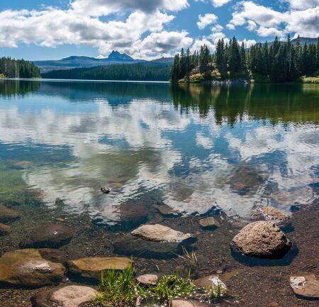 mount jefferson: Marion Lake, Mount Jefferson Wilderness Area, Oregon.