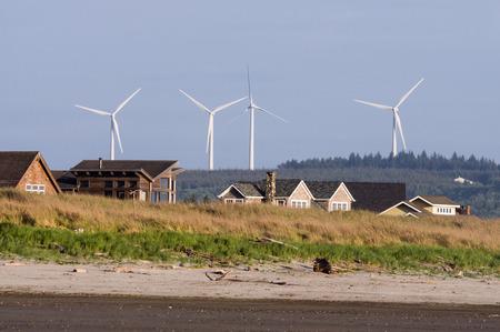 Wind turbine along the coast near Grayland, Washington. Imagens - 97645618
