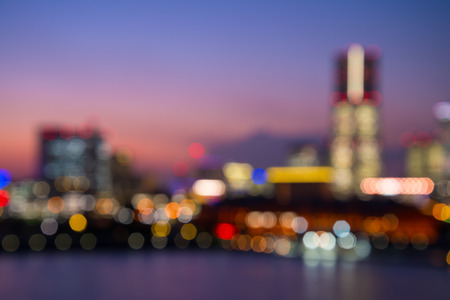 Defocused cityscape in twilight evening bokeh background, Yokohama Japan 版權商用圖片