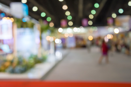 Abstract blur people in exhibition hall event background Banque d'images