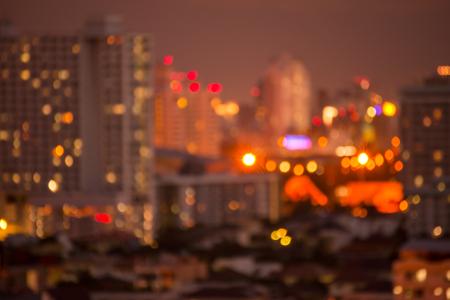 Defocused cityscape at night light golden luxury background Standard-Bild - 102836719