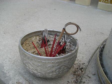 budda: use bowl as ashes tray for respect Budda