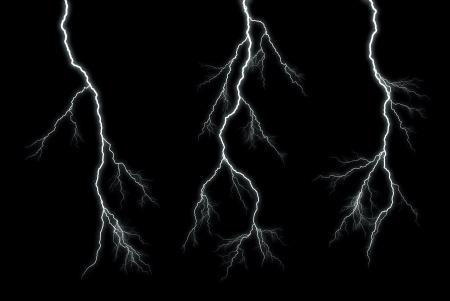 Verschillende bliksemschichten isoleren op zwart