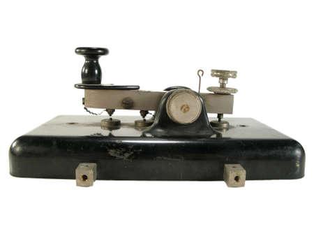 telegrama: Antigua original clave morse aislado en blanco.