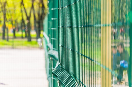 Mesh for fencing tennis court. Side view. Archivio Fotografico