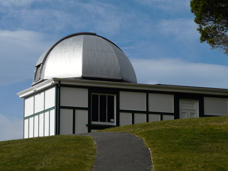 observatory: Carter Observatory, Wellington Editorial