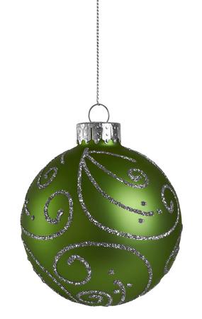 白い背景に分離された緑キラキラ クリスマス ボール