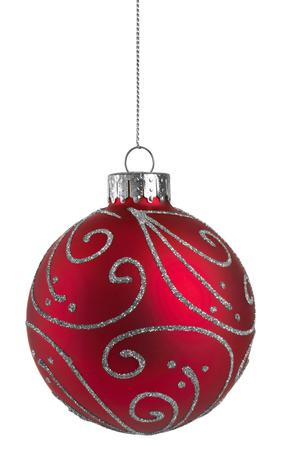 白い背景で隔離赤いキラキラ クリスマス ボール