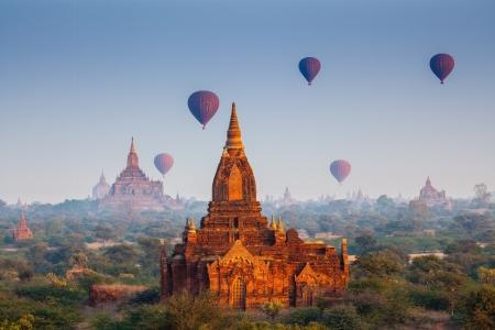 バガン、ミャンマーで寺院