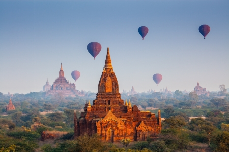 temples in Bagan, Myanmar photo