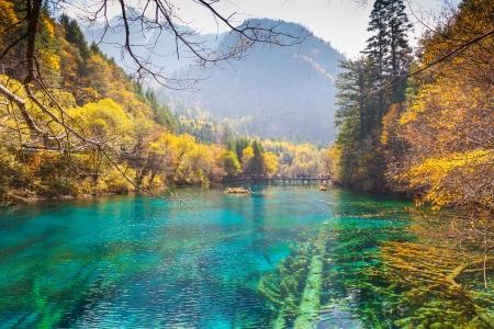四川省中国九寨溝渓谷景観と歴史地域 写真素材