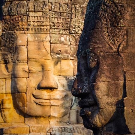 美しいバイヨン寺院、アンコール ワット、カンボジアの王 Yayavarmann VII の顔
