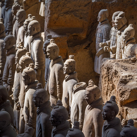 Terracotta army warriors in Xian, China  Imagens