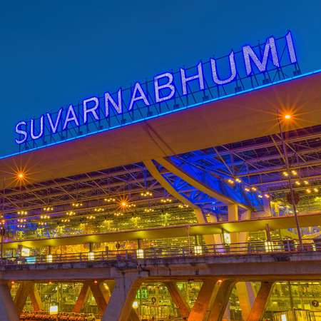 BANGKOK-JULY 20: Suvarnabhumi Airport at night on July 20, 2014 in Bangkok ,Thailand. This airport is the worlds third largest single building airport terminal designed by Helmut Jahn.  Редакционное