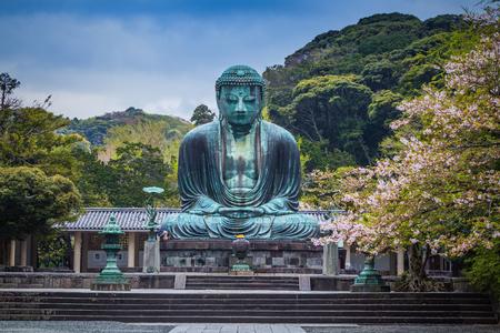 偉大な仏 (大仏) の彫刻、鎌倉、日本 写真素材