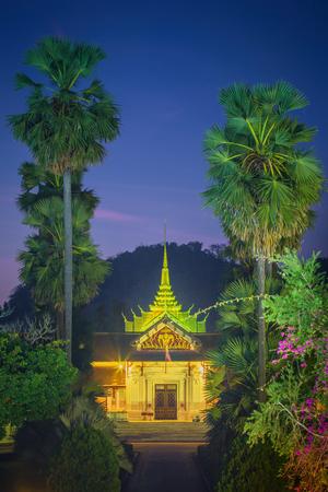 Facade of royal palace in Luang Prabang, Laos Imagens