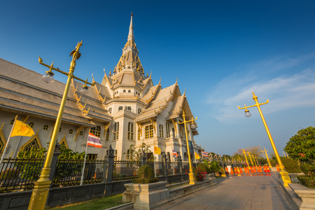 Wat Sothon Wararam Worawihan temple in Chachoengsao Province, Thailand Imagens