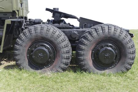 the wheels of a big car. 免版税图像