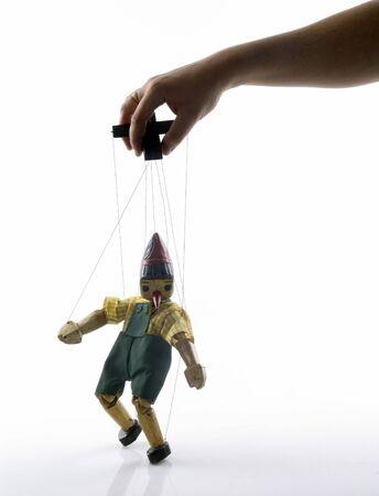 marioneta de madera: t�teres en la cadena con mano