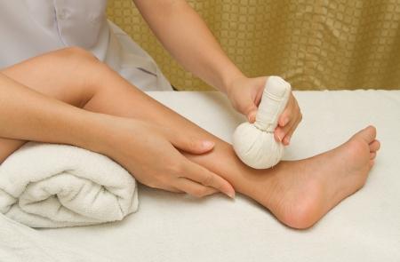 herbal massage ball: children massage with herbal compress balls