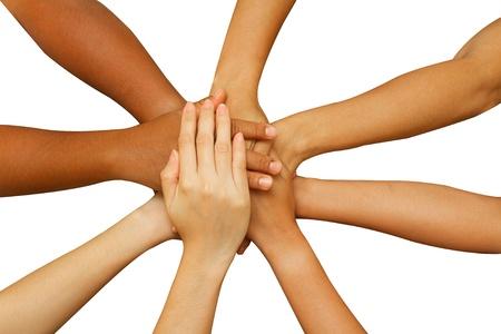 manos juntas: equipo mostrando la unidad, la gente poniendo sus manos, concepto de �xito del negocio �Trabajas personas o equipo sobre fondo blanco