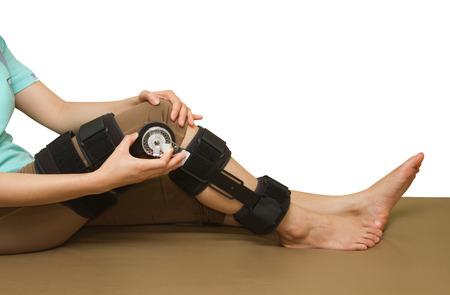 adjustable: Adjustable angle knee brace support for leg or knee injury
