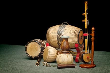 simbolos musicales: Conjunto de instrumentos musicales tradicionales tailandeses