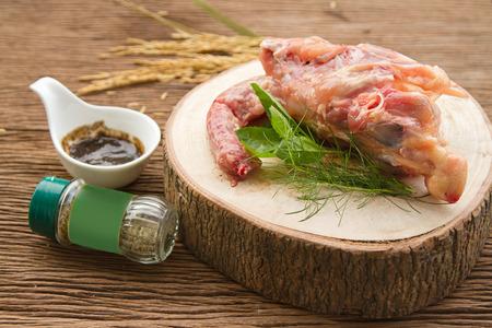 sopa de pollo: Hueso de pollo fresco por acción de la sopa